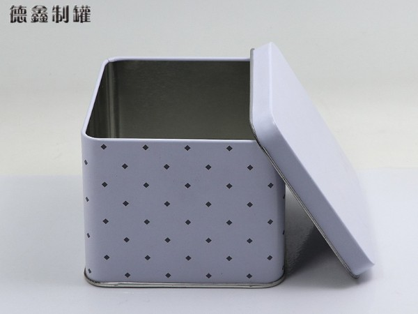 100*100*81MM马口铁饰品礼品收纳盒